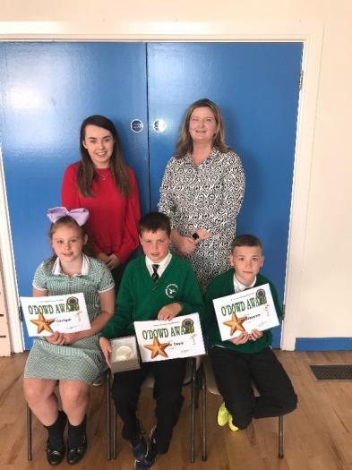 The O'Dowd Award (Spirit of School, Using talents and community participation) in Key Stage 2 was awarded to Tiarnan, pictured here with fellow nominees Teagan and Oran.